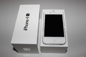 Original Apple iPhone 4S 32GB Unlocked